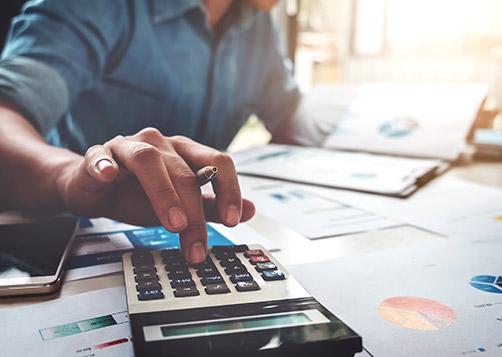 Quels sont les frais liés à l'achat ou à la vente d'actions en bourse ?