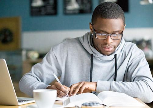 Préparer et réussir les tests TOEIC et TOEFL